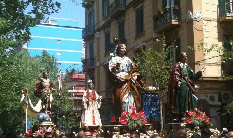 Gesù risorto, processione, vomero, napoli, sospesa, manifestazione
