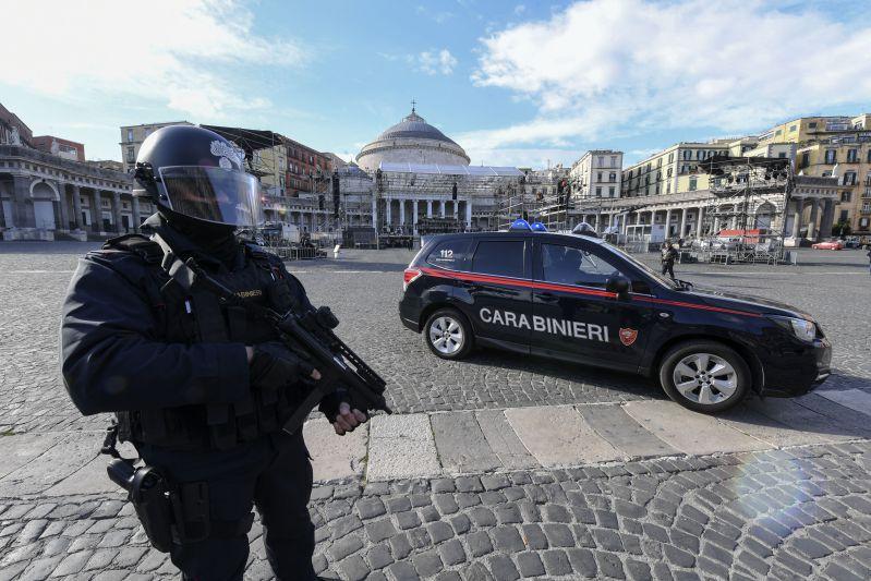 Napoli, terrorista del Gambia arrestato: progettava un attentato