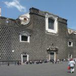 Napoli: chiesa del Gesù Nuovo pericolosa