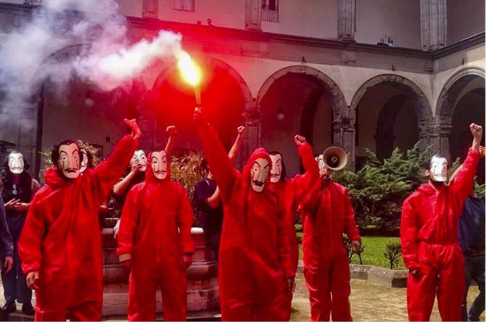 Napoli, flash mob alla Federico II
