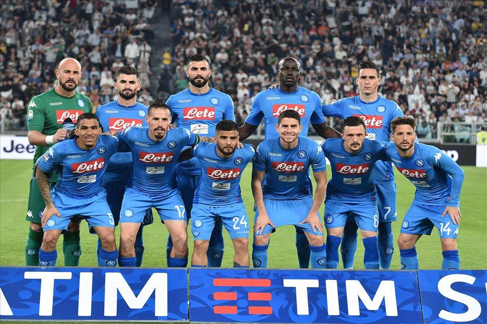 Serie A, il Napoli annichilisce la Juventus e va a -1