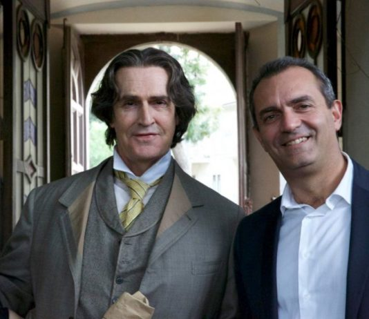 rupert everett a napoli, oscar wilde. the happy prince