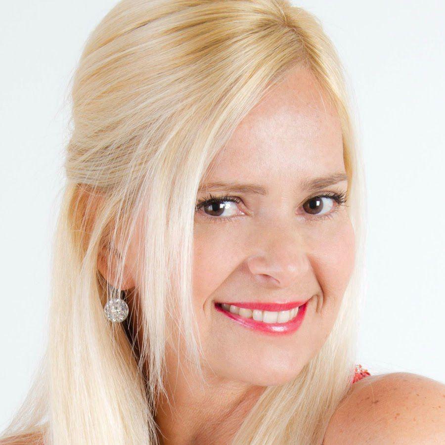 Grecia Colmenares, la regina delle soap ritorna a Napoli