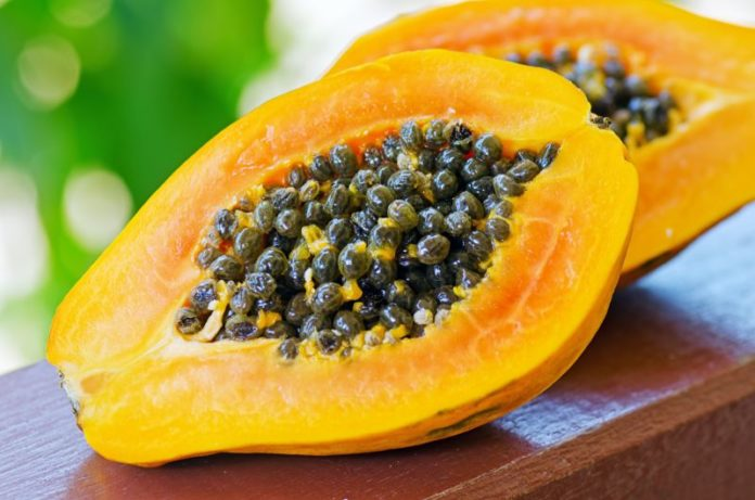 papaya, frutto tropicale