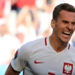 Mondiali 2018, spavento per Milik in visita al delfinario di Sochi