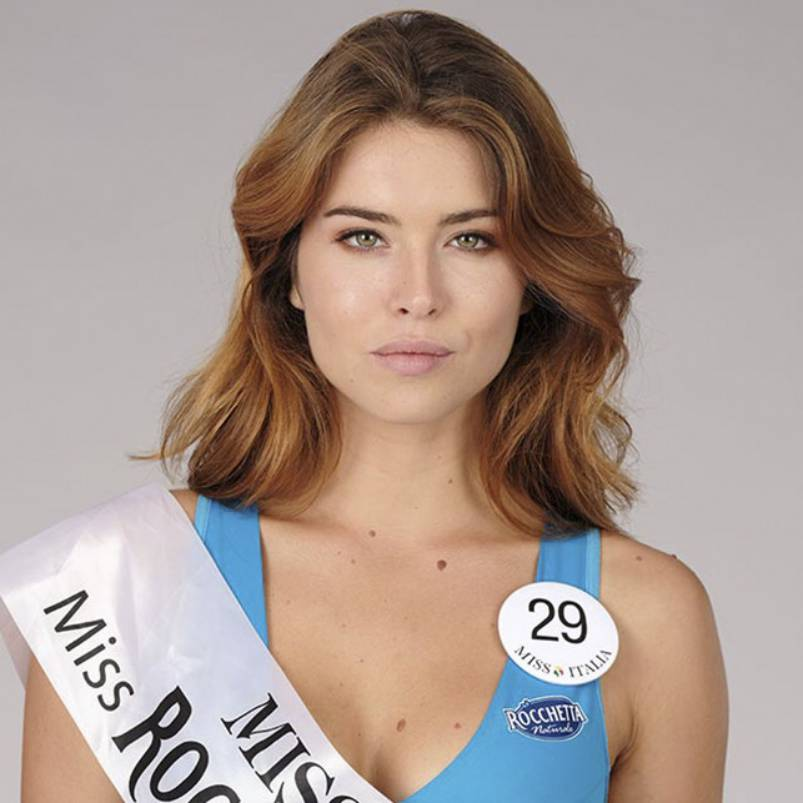Fiorenza D'Antonio sul podio di Miss Italia