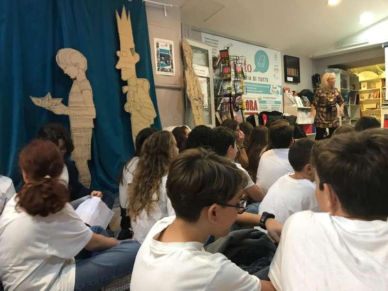 Vomero, viaggio nella letteratura con gli studenti dell'Istituto Maiuri per #ioleggoperché