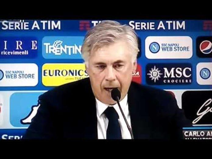 Carlo Ancelotti durante la conferenza stampa post partita Napoli- Chievo