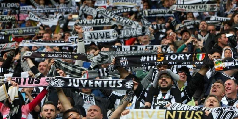 napoli usa il sapone: cori razzisti della tifoseria juventina a torino, guerriglia prim a del derby con il Torino