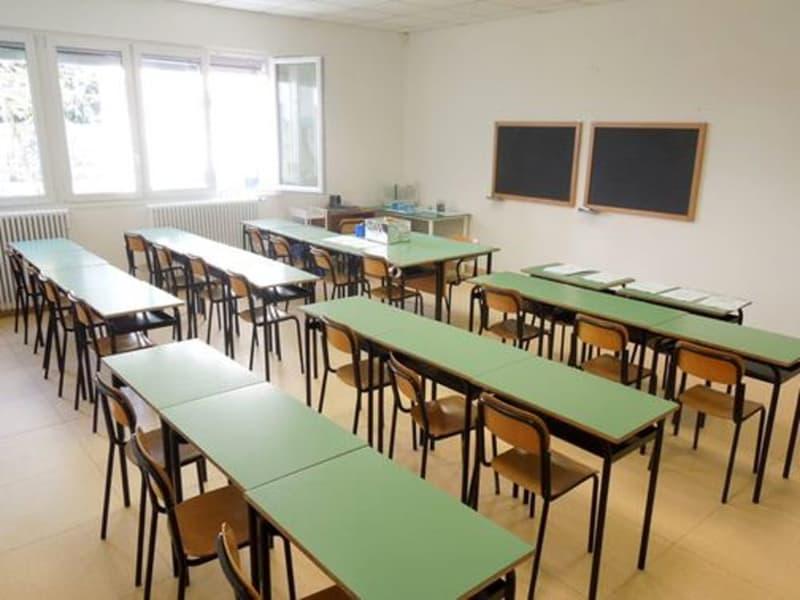 pianura, costruzione primo istituto di istruzione secondaria
