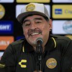 """Coronavirus, Maradona: """"Tagliate a me lo stipendio, non ai dipendenti"""""""
