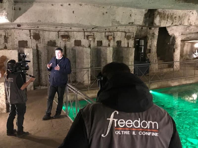"""La Galleria Borbonica a  """"Freedom – Oltre il confine"""", il nuovo programma di Roberto Giacobbo"""