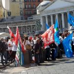 Gesco, 200 dipendenti a rischio licenziamento: sit-in di protesta sotto alla Prefettura