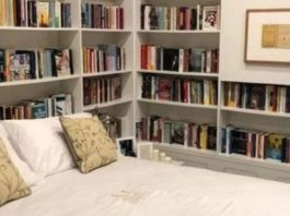 Book and Bed Napoli ( source: Instagram )
