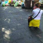 Rifiuti, i turisti fotografano lo scempio. Meritiamo di più