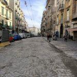 Via Carbonara: una storia tra sangue e rifiuti