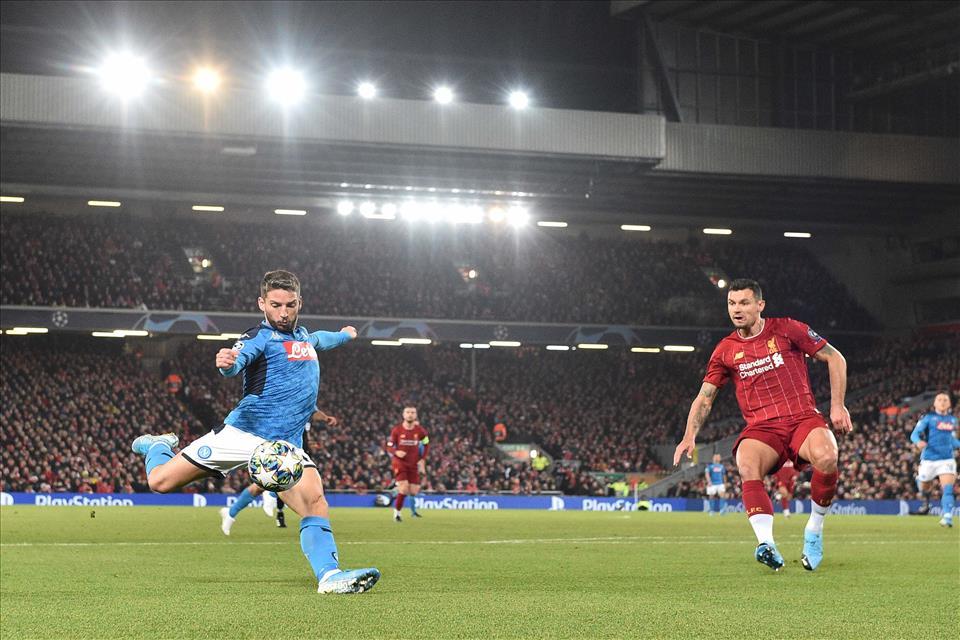 Bentornato Napoli, ottima prestazione all'Anfield finisce 1 a 1 contro i campioni in carica