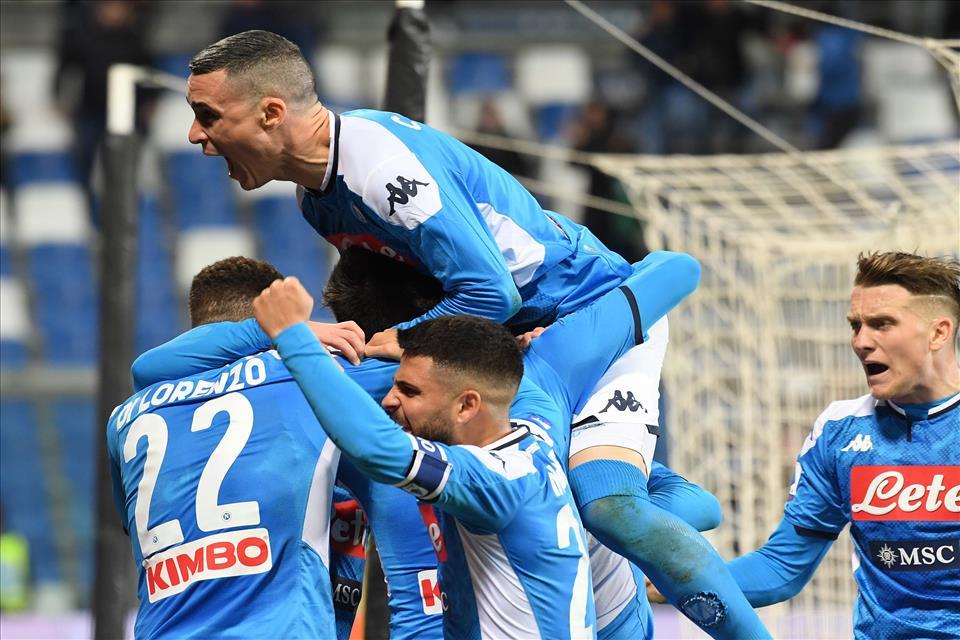 """Allan la riacciuffa, il Napoli vince all'ultimo """"Ringhio"""""""