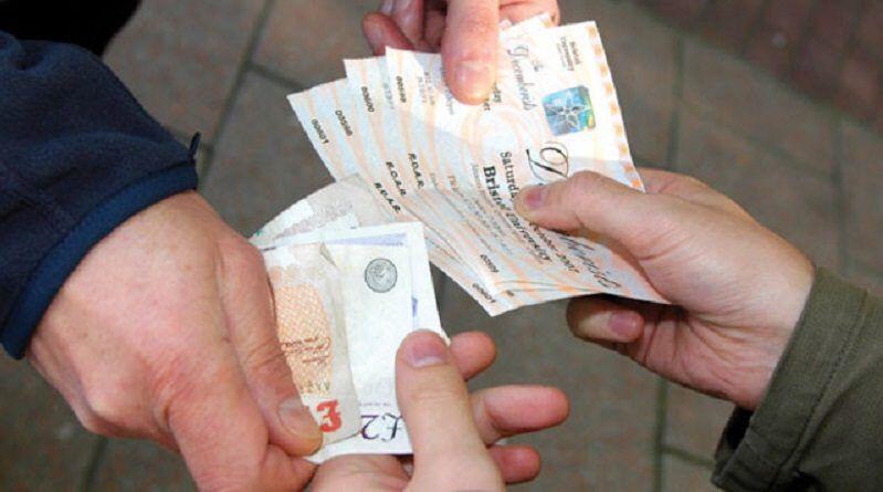 Rifilavano biglietti falsi a turisti e stranieri per assistere alle partite della Juventus