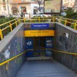 Ancora out la metro colabrodo: protesta dei cittadini infuriati
