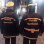 Vigili a Chiaia: blitz ai baretti contro sosta selvaggia e irregolarità