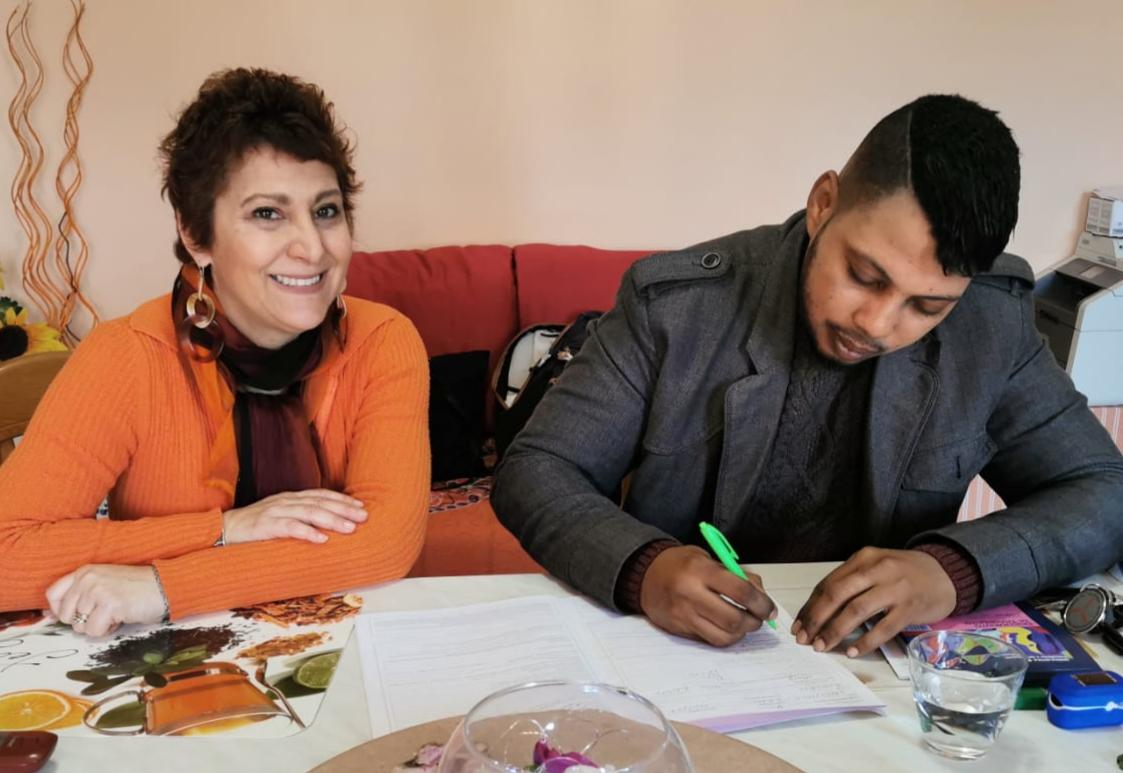 E' una prof di Napoli la prima paziente oncologica italiana trattata a casa