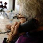 Giugliano, carabinieri soccorrono anziana: non sapeva come fare senza mascherina