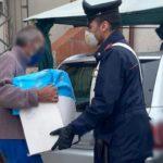 Coronavirus, aumenta la povertà nel napoletano: l'aiuto dei carabinieri