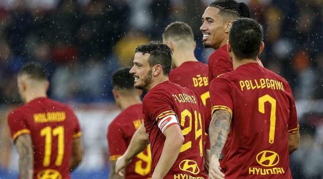 Ufficiale – Roma: giocatori, allenatore e staff rinunciano a 4 mesi di stipendio