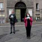 Coronavirus, 200 mascherine trasparenti ai sordomuti di Napoli