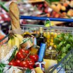 Napoli, bonus alimentare per 50mila famiglie: ecco come richiederlo