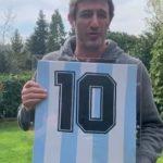 """Maradona a Ferrara: """"Napoli la mia seconda casa, contento che la mia maglia possa aiutare il nostro popolo"""""""