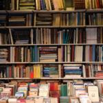 """Libri e lavori a rischio. Si chiedono """"interventi urgenti"""""""