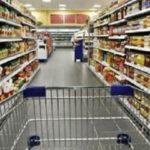"""De Luca: """"Negozi e supermercati chiusi a Pasqua e Paquetta"""""""