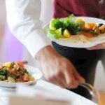 Barra, ristorante aperto per cena nonostante i divieti: sanzionati titolare ed avventori