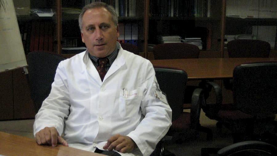 Il presidente dei virologi: a giugno basta con mascherine e distanziamento