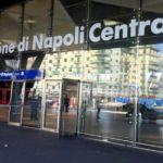 Stazione di Napoli, ruba il portafogli a una viaggiatrice: arrestato