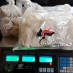 Controlli ai Quartieri Spagnoli: trovati 4 chili di ecstasy e 2 pistole, 6 denunciati