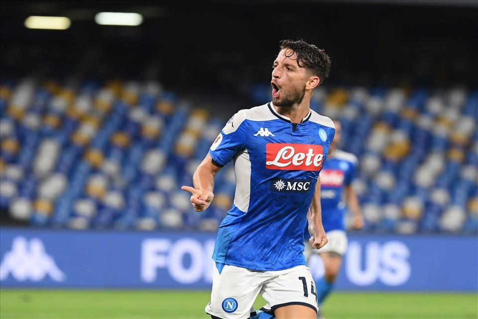 Il Napoli batte anche la Spal, 3 a 1 al San Paolo, segnano Mertens, Callejon e Younes