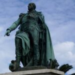 """""""Via la statua del generale Massena"""": il Movimento Neoborbonico scrive al sindaco di Nizza"""