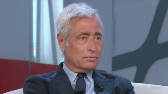 """Covid-19, l'immunologo Le Foche: """"Il virus si è spento"""""""