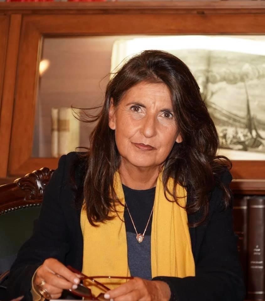 """Azzolina: """"A Scampia scuole in appartamenti"""". Palmieri smentisce: """"Venga a Napoli a inaugurare l'anno scolastico"""""""