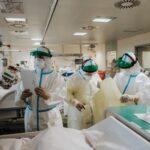 Campania, approvato il piano di potenziamento della rete ospedaliera: oltre 800 posti letto in terapia intensiva