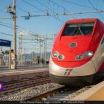 """Treni: """"L'Italia va a due velocità"""""""