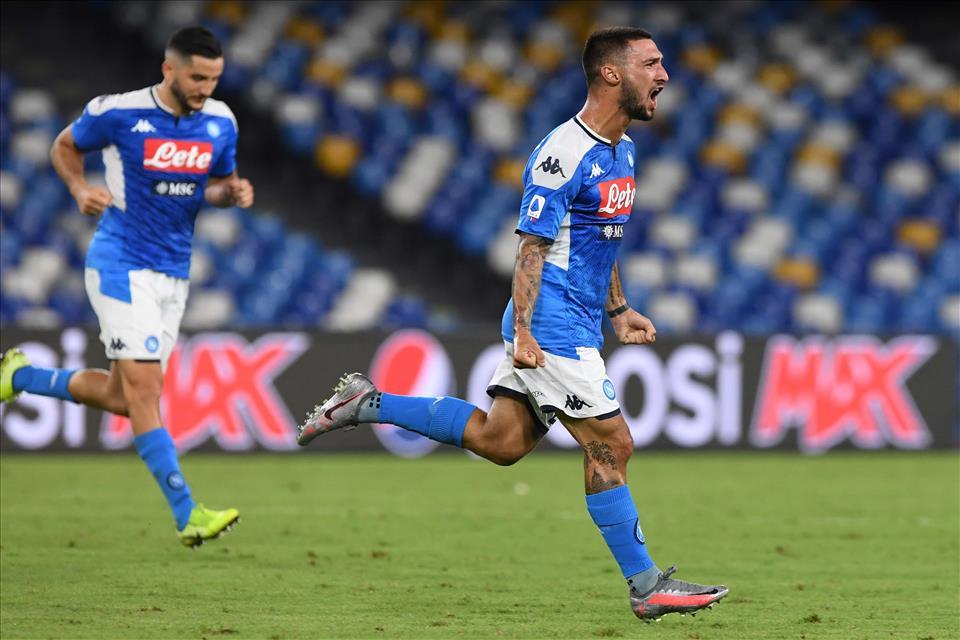 Napoli-Udinese 2-1: gran gol di Politano all'ultimo minuto di recupero che regala i tre punti ai partenopei