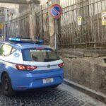 Napoli, tentata estorsione ad un automobilista: arrestato parcheggiatore abusivo 22enne