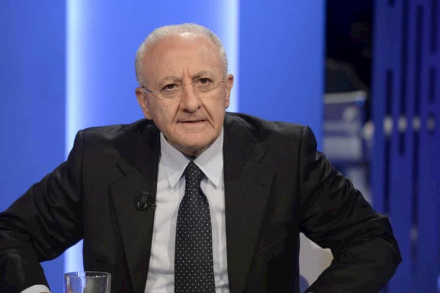 """Astrazeneca, De Luca: """"Il governo decida subito sulla sua utilizzabilità"""""""