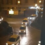 (Video) Coprifuoco Napoli, la protesta dei taxi al Vomero