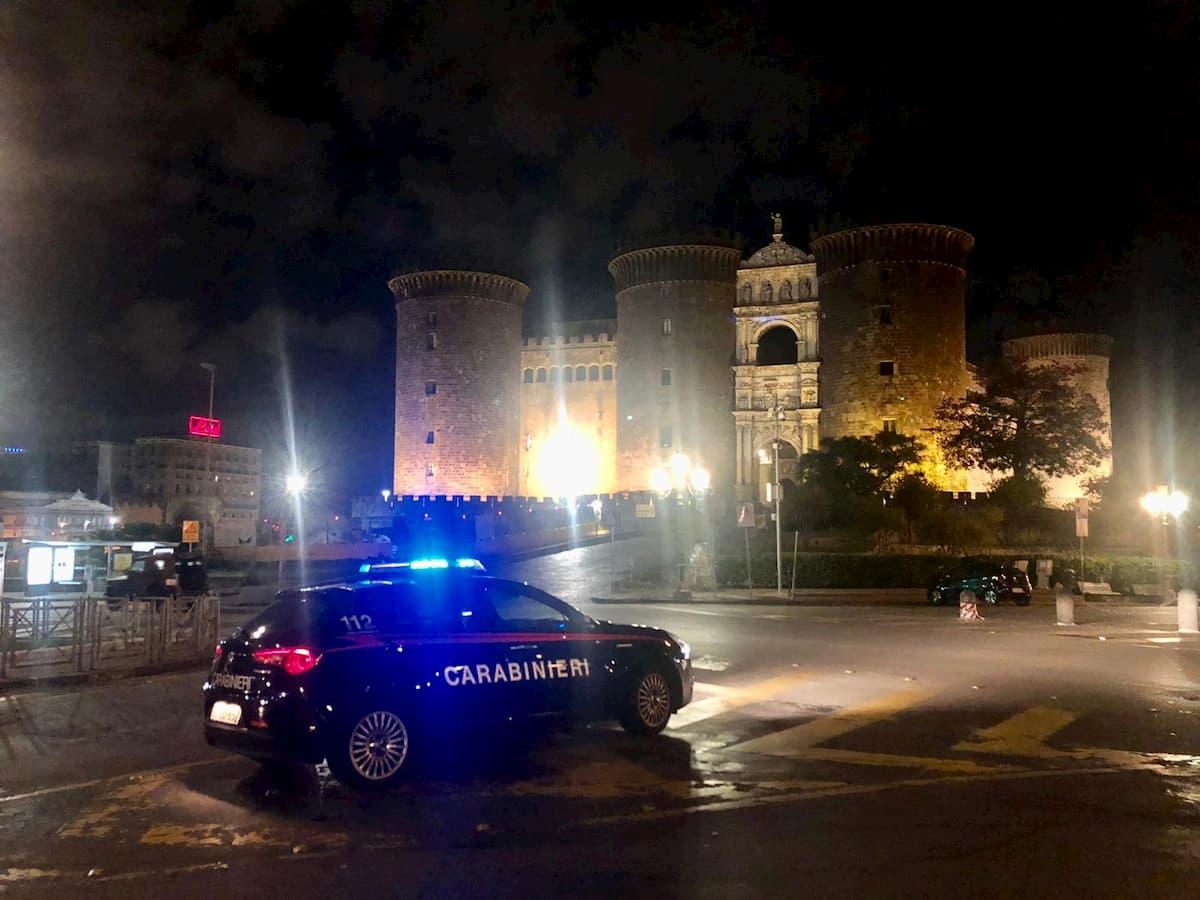 Covid, controlli a tappeto dei carabinieri a Napoli e provincia: pioggia di sanzioni e denunce
