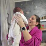 Clinica Mediterranea, sanità napoletana eccellente: mamma Aurora abbraccia suo figlio per la prima volta dopo un delicato intervento